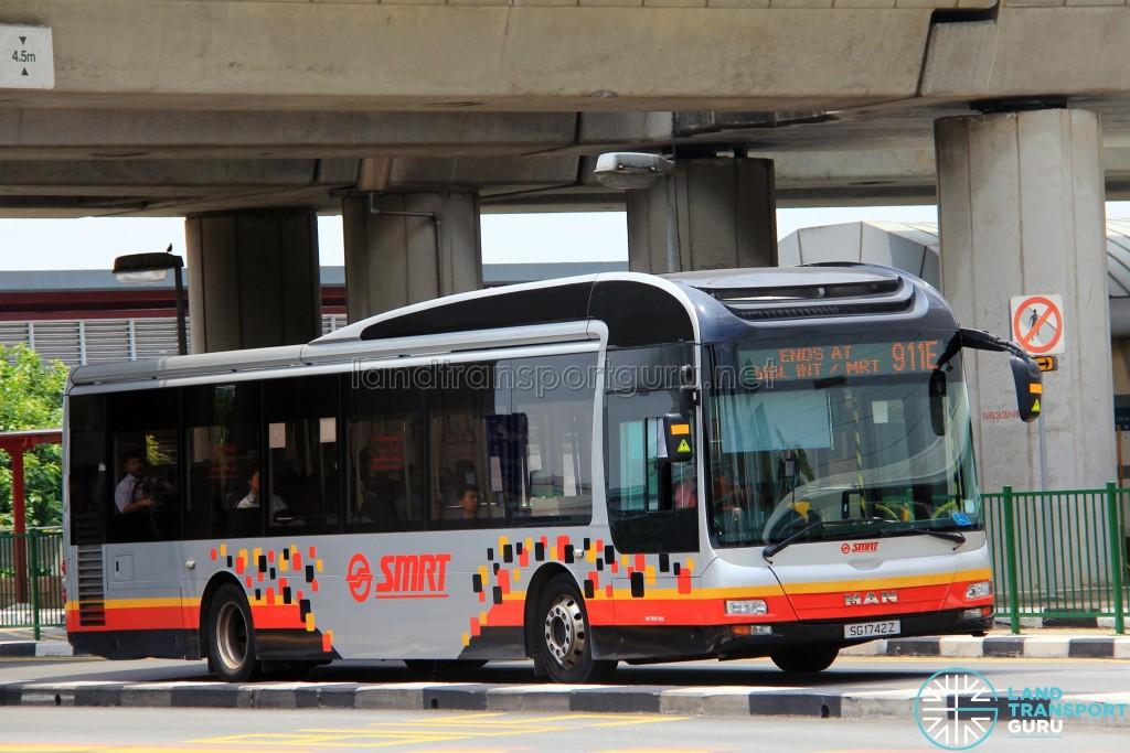 SMRT MAN NL323F (SG1742Z) - Service 911E