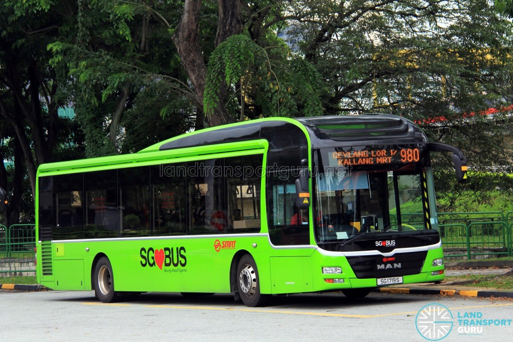 SMRT MAN A22 (SG1719S) - Service 980
