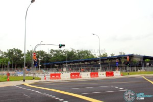 Tampines Concourse Bus Interchange - Vehicle ingress/egress along Tampines Concourse