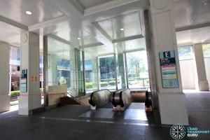 Raffles Place MRT Station - Exit E