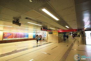 Raffles Place MRT Station - Basement Linkway