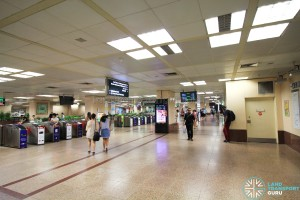 Raffles Place MRT Station - Ticket Concourse