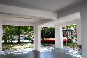 The bus narrowly missed hitting a void deck