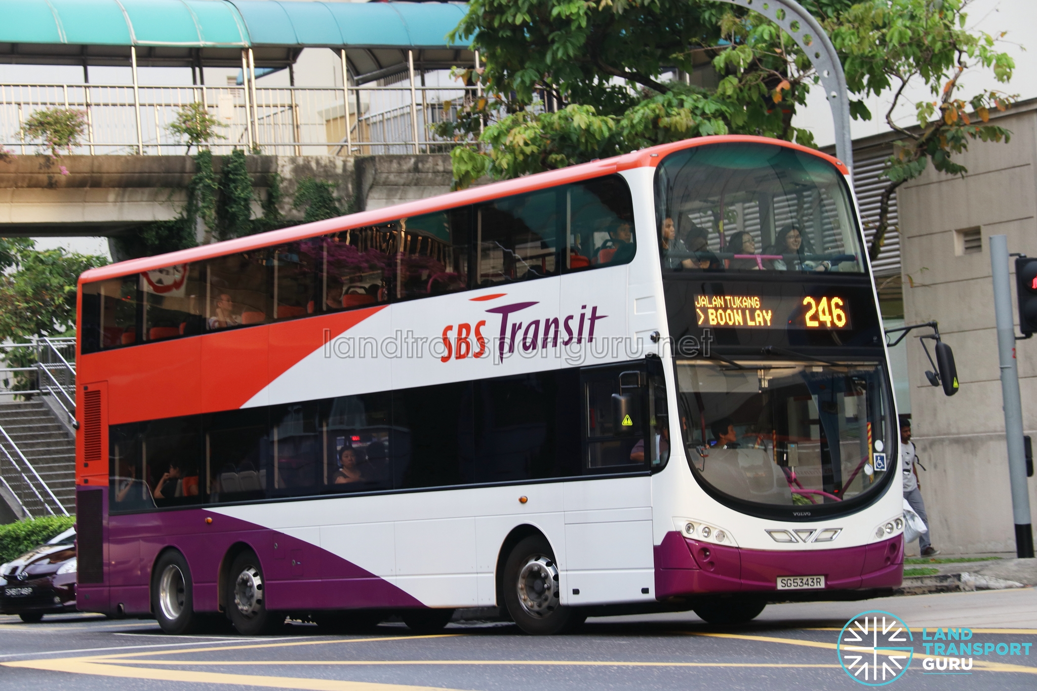 SBS Transit Bus Service 246 | Land Transport Guru
