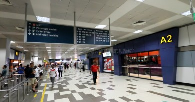 Boon Lay Bus Interchange - East concourse