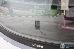 Mobileye 560 windshield-mounted vision sensor unit
