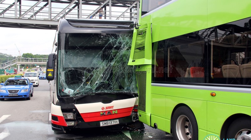 Front view of the damaged SMRT bus