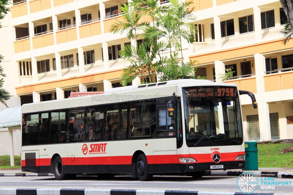 SMRT Mercedes-Benz OC500LE (SMB92U) - Service 975B