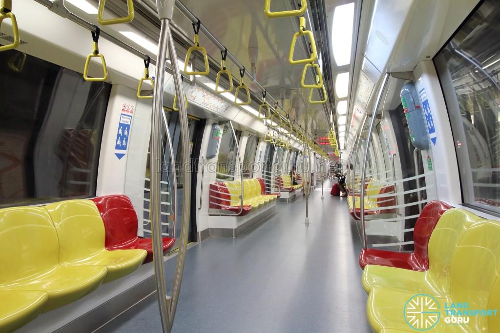 Alstom Metropolis C830C - Yellow car interior
