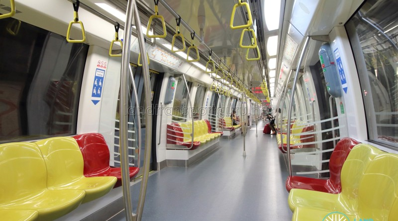 Alstom Metropolis C830C - Yellow car interior