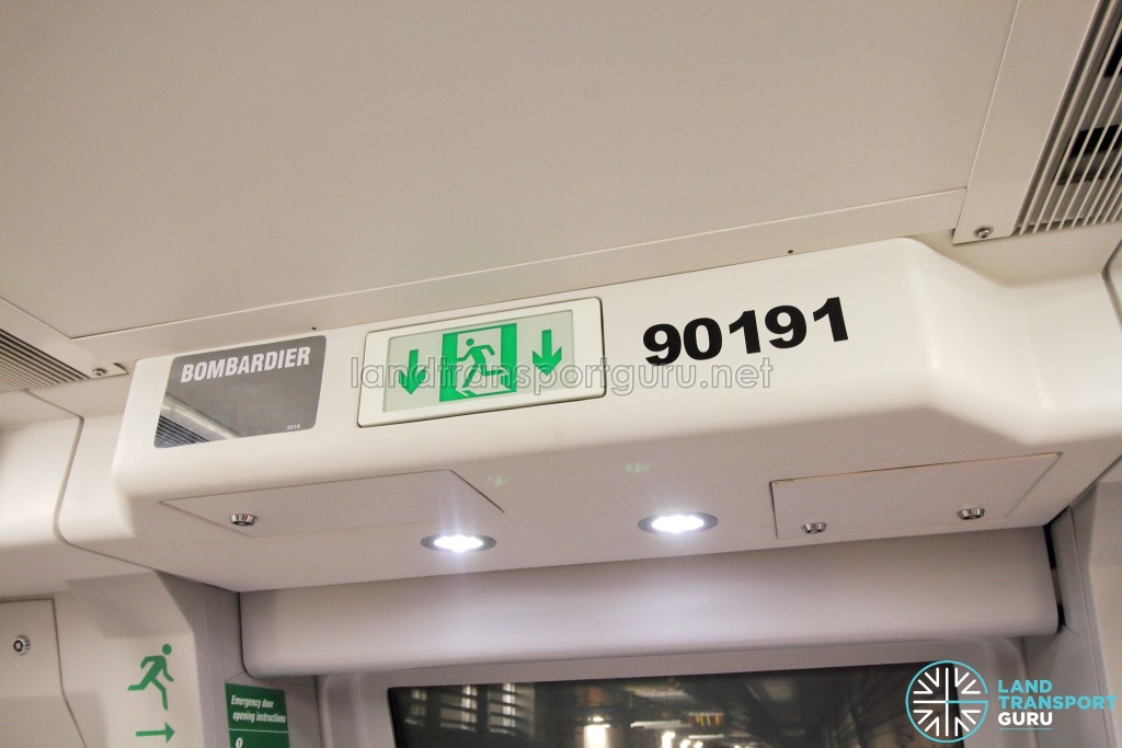 Bombardier MOVIA C951 - Builder plate and train number