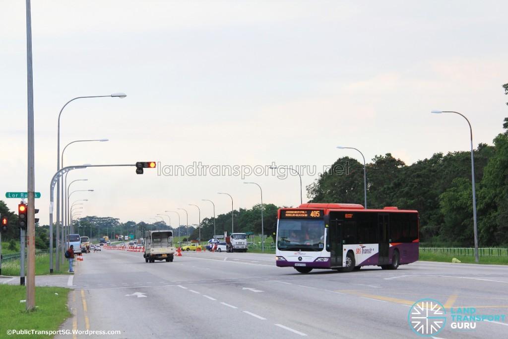 Bus Service 405 performing a U-Turn at Lim Chu Kang Rd / Lorong Rusuk Junction