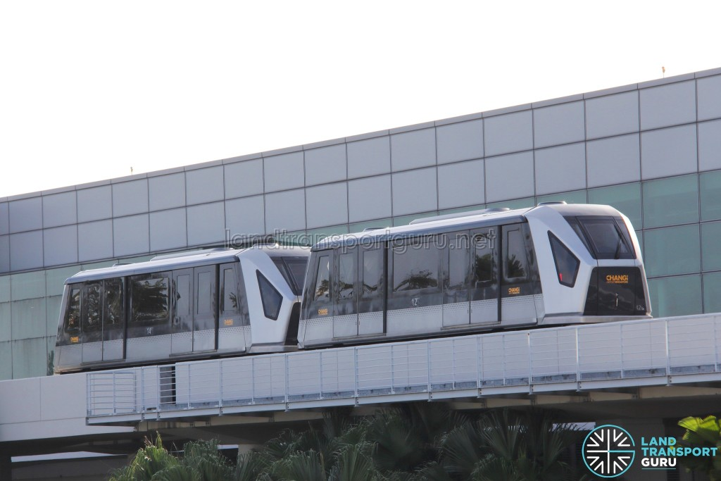 Changi Airport Skytrain (Double-car) in standard livery