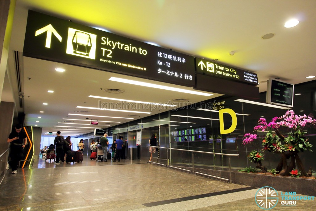 Changi Airport Skytrain - Public Area - Station D (Terminal 1)
