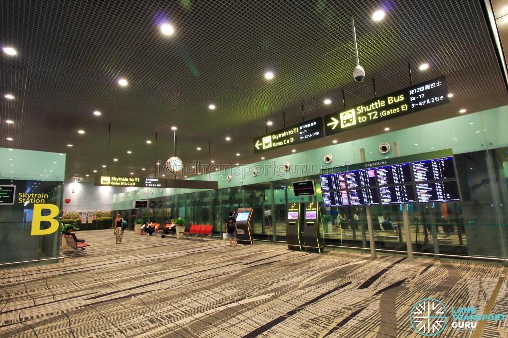 Changi Airport Skytrain - Transit Area - Station B (Terminal 3)