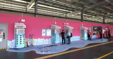 Airbitat Smart Coolers at Yishun Temporary Bus Interchange
