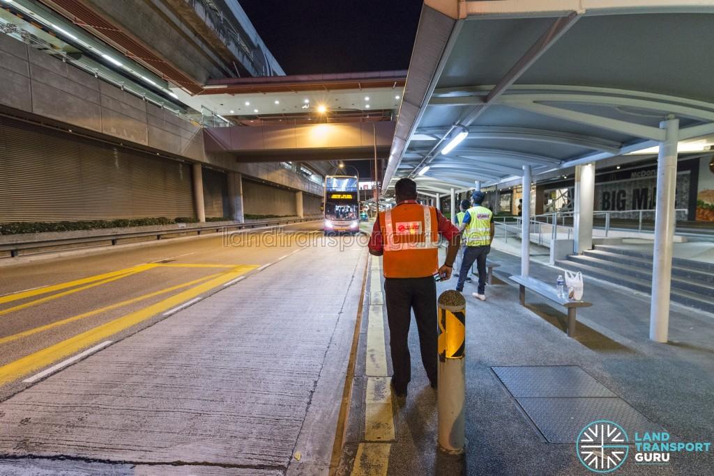 Alighting point for the Lakeside - Joo Koon Parallel Bus Service at Joo Koon