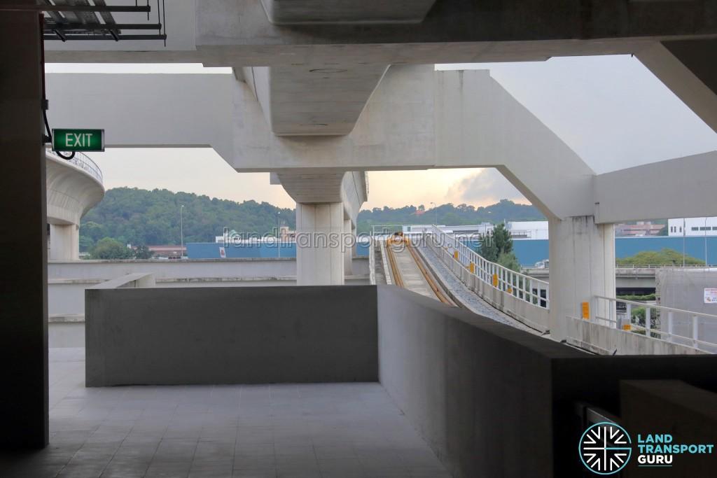 Gul Circle MRT Station - Platform C viaduct end