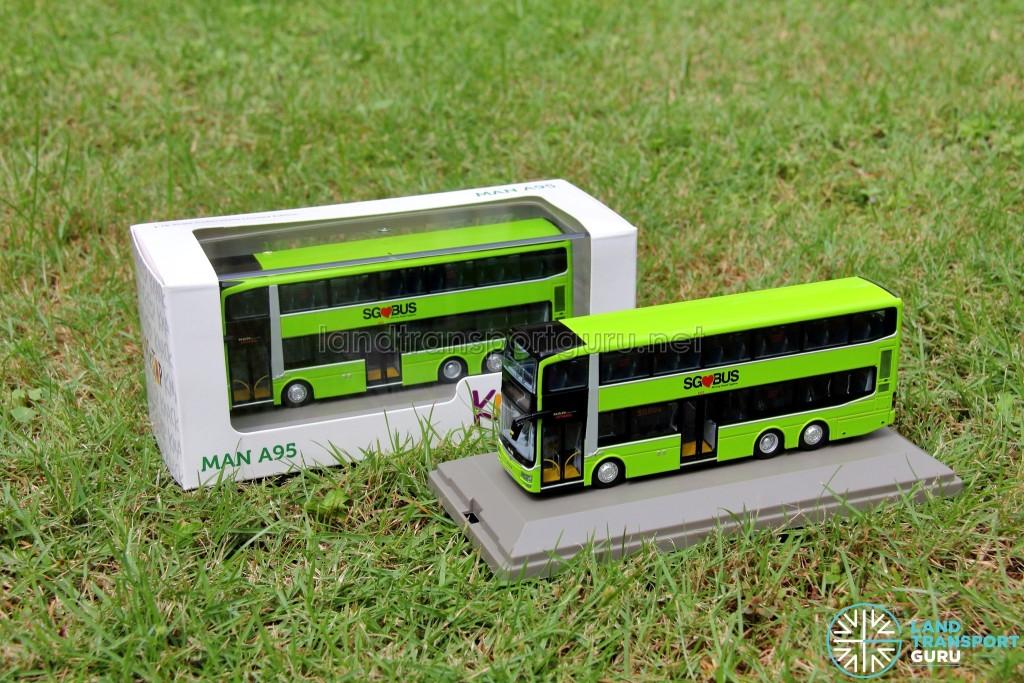 Knackstop MAN A95 bus model - Original packaging and unpackaged bus