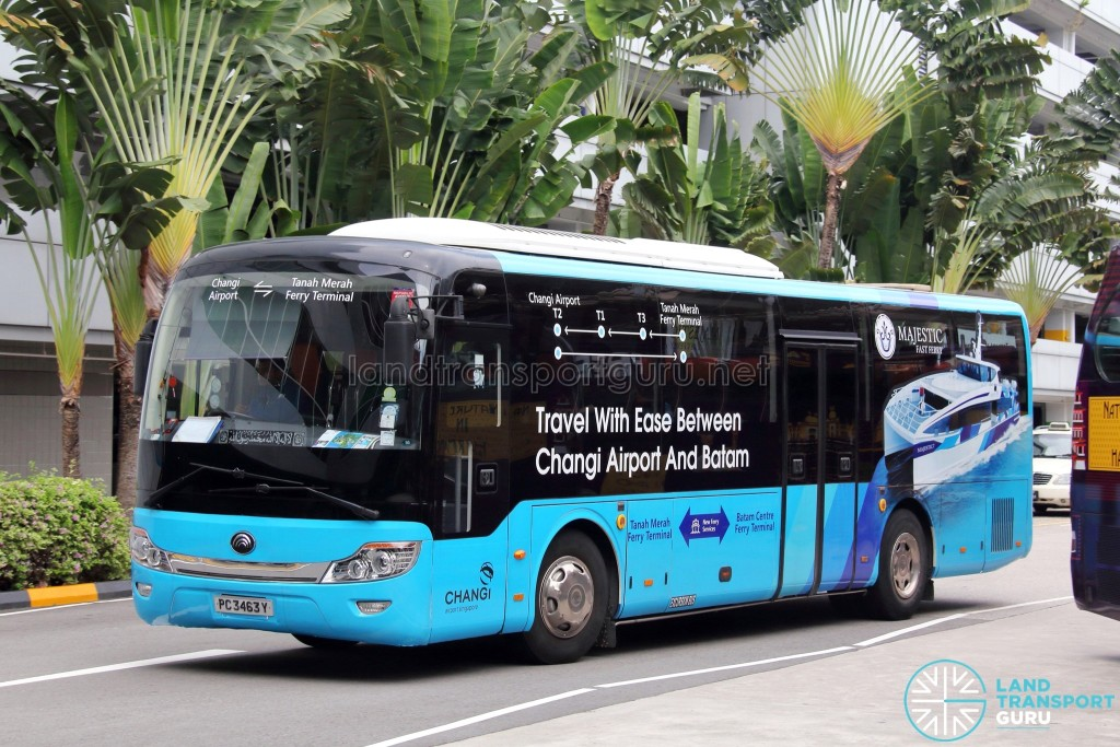 PC3463Y on the Changi Airport—Tanah Merah Ferry Terminal Shuttle (Old Livery)