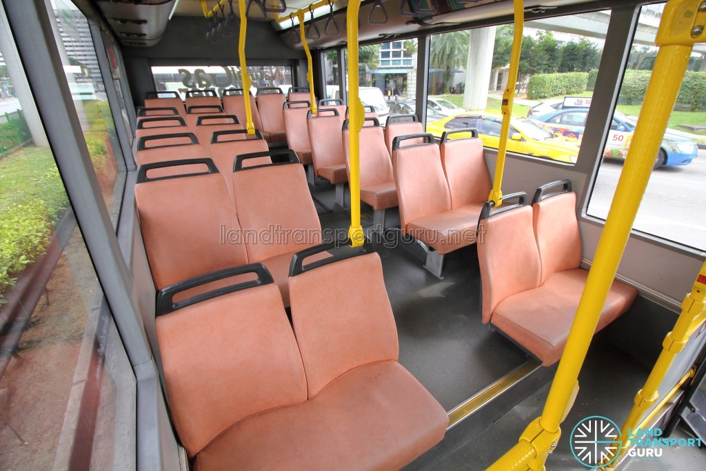 Volvo B10BLE CNG - Rear seating