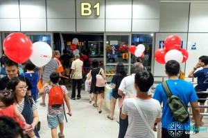 Bukit Panjang ITH: LRT Bridging Bus boarding