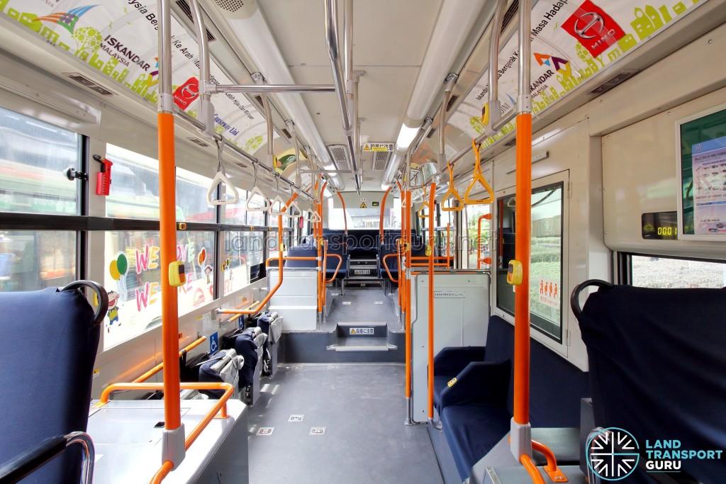 Hino Blue Ribbon City Hybrid - Front to Rear