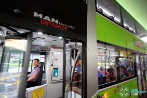 SBS Transit MAN A95 ND323F (SG5835M) - Entrance