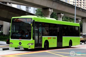 SMRT Mercedes-Benz OC500LE (SMB110B) - Service 922, in Lush Green livery