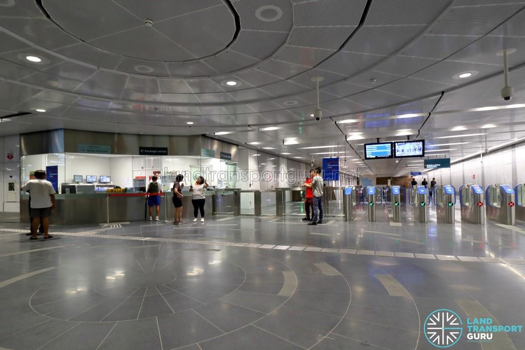 Bedok Reservoir MRT Station - Ticket Concourse (B2)