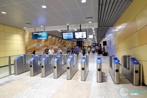 Bencoolen MRT Station - Faregates