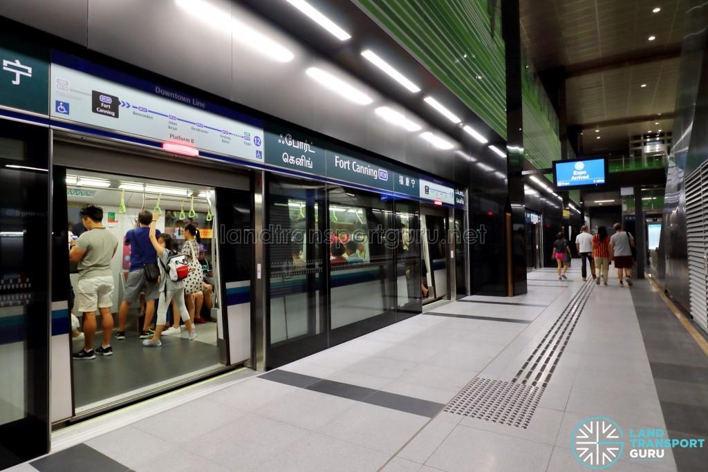 Fort Canning MRT Station - Platform B