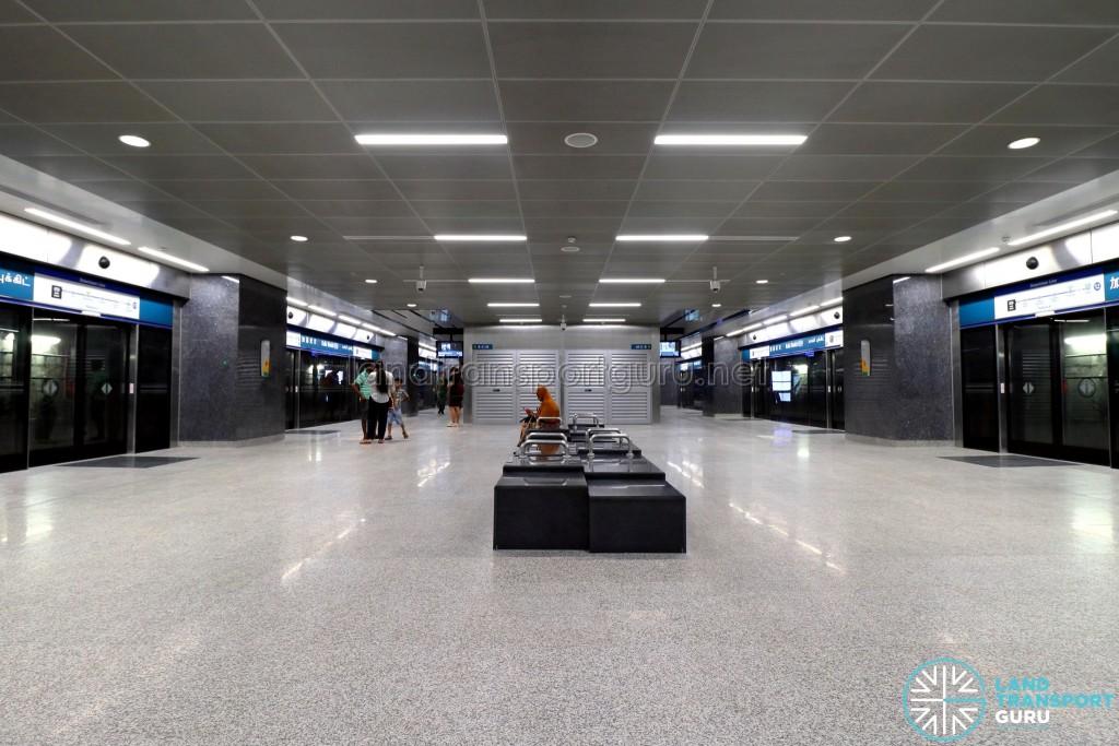 Kaki Bukit MRT Station - Platform level (B3)
