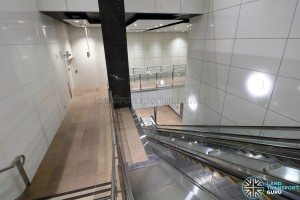 MacPherson MRT Station - Concourse to Platform C