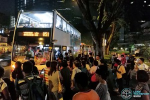 Crowds at Novena waiting for buses