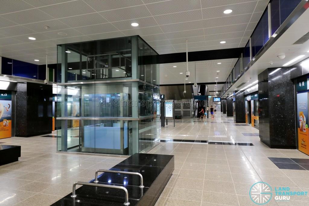 Ubi MRT Station - Platform level (B3)