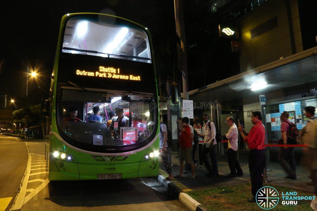 Go Ahead Volvo B9TL (SBS3982Y) - Shuttle 1