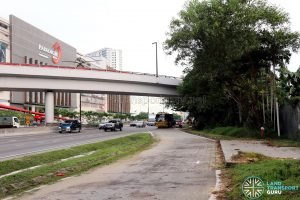 Paradigm Mall: Bus Stop 1 along Jalan Skudai