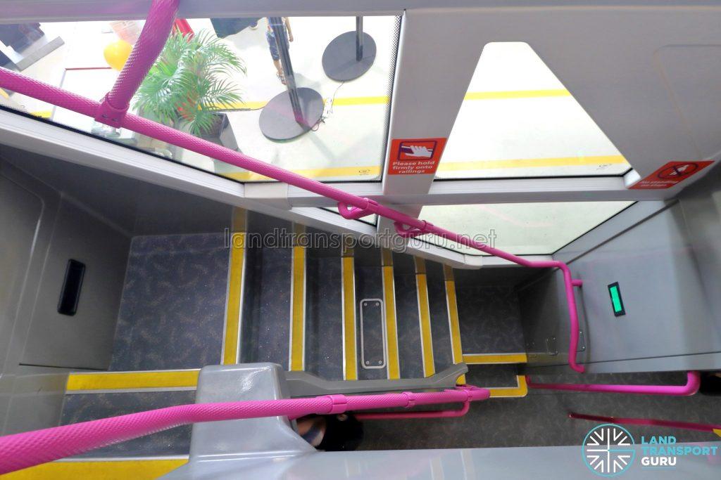 Volvo B8L (SG4003D) - Staircase