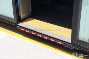 Bolloré Bluetram (PC6617B) - Automatic wheelchair ramp