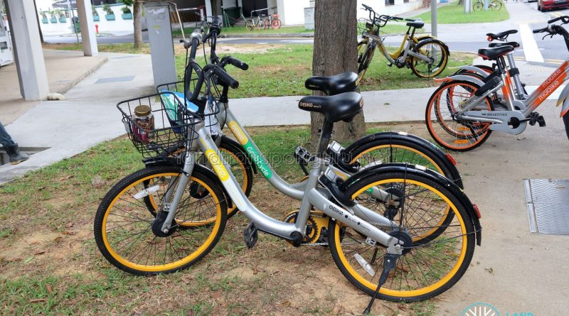 oBike in Singapore with GrabCycle sticker