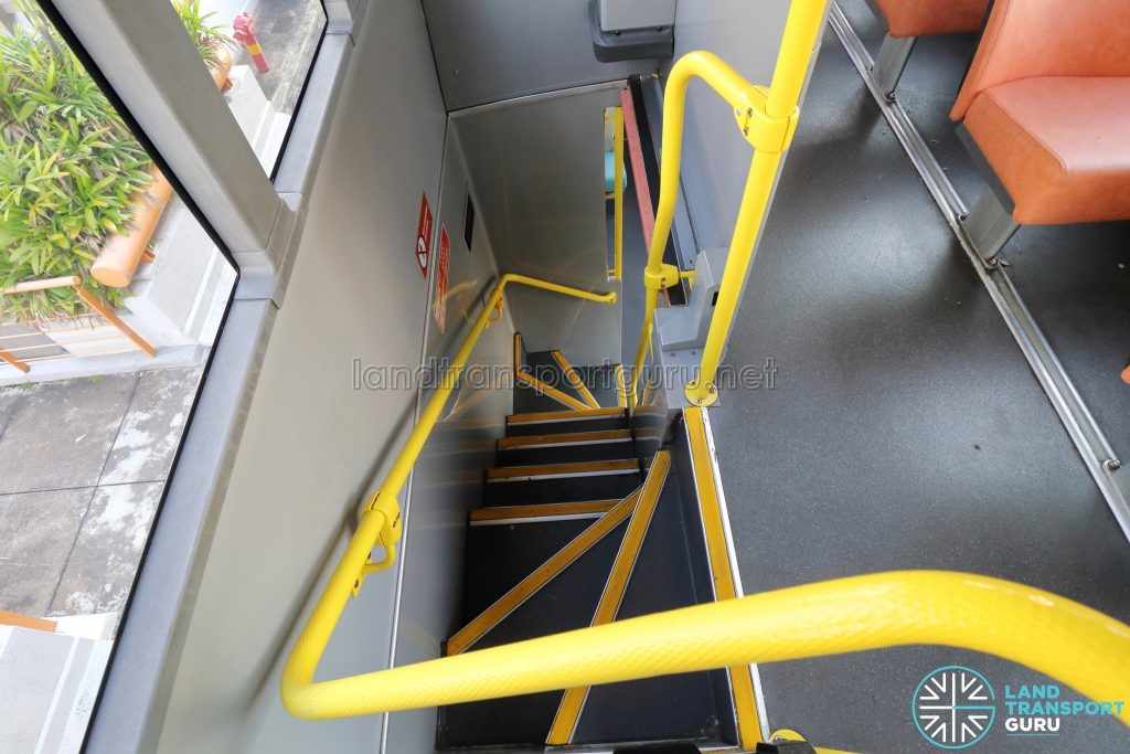 Volvo B10TL - Staircase from Lower deck