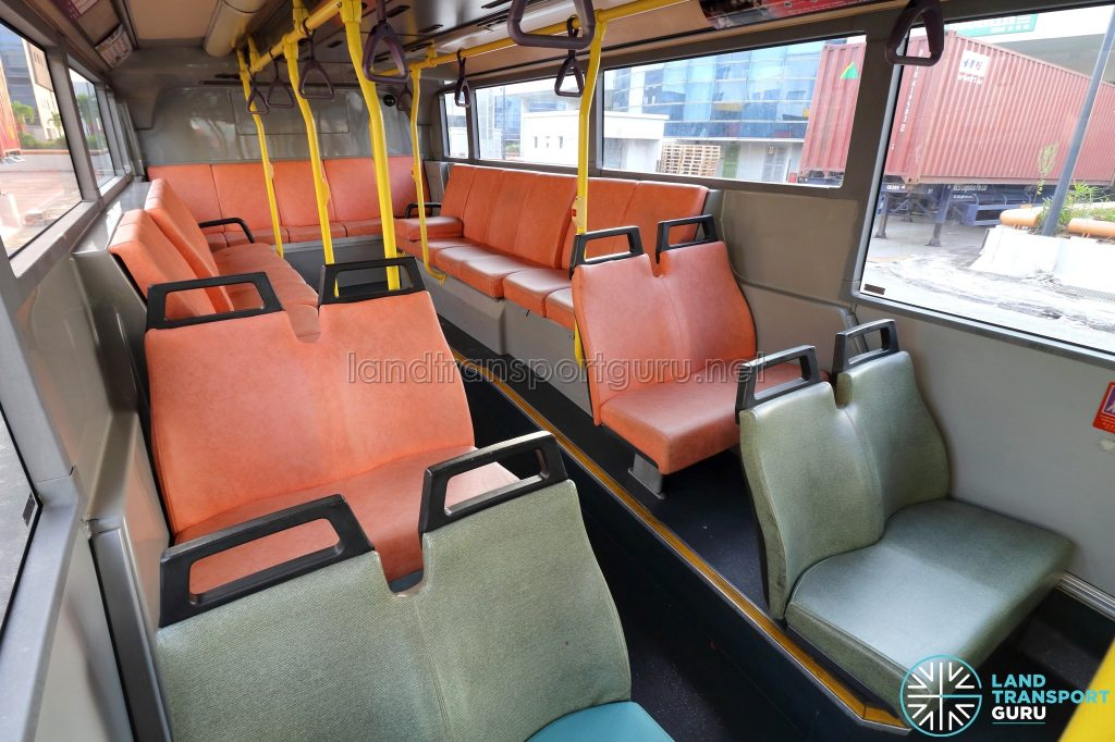 Volvo B10TL - Lower deck seating area
