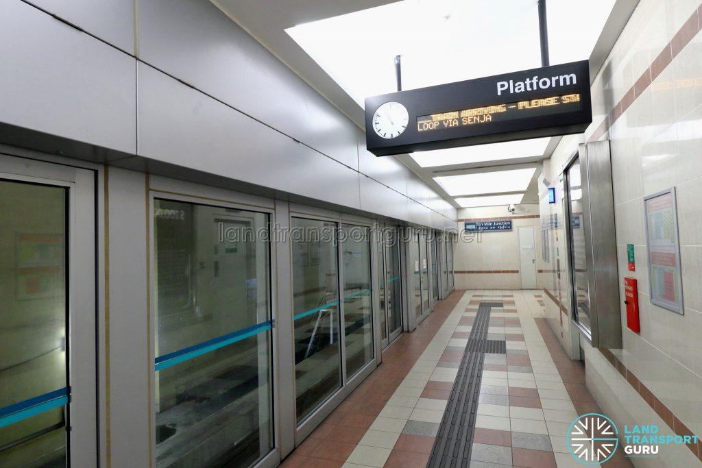 Ten Mile Junction LRT Station - Platform