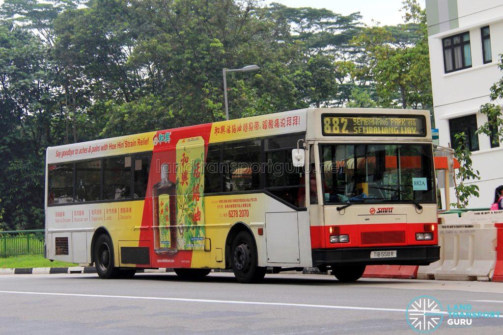 Bus 882A - SMRT Mercedes-Benz O405 (TIB558R)