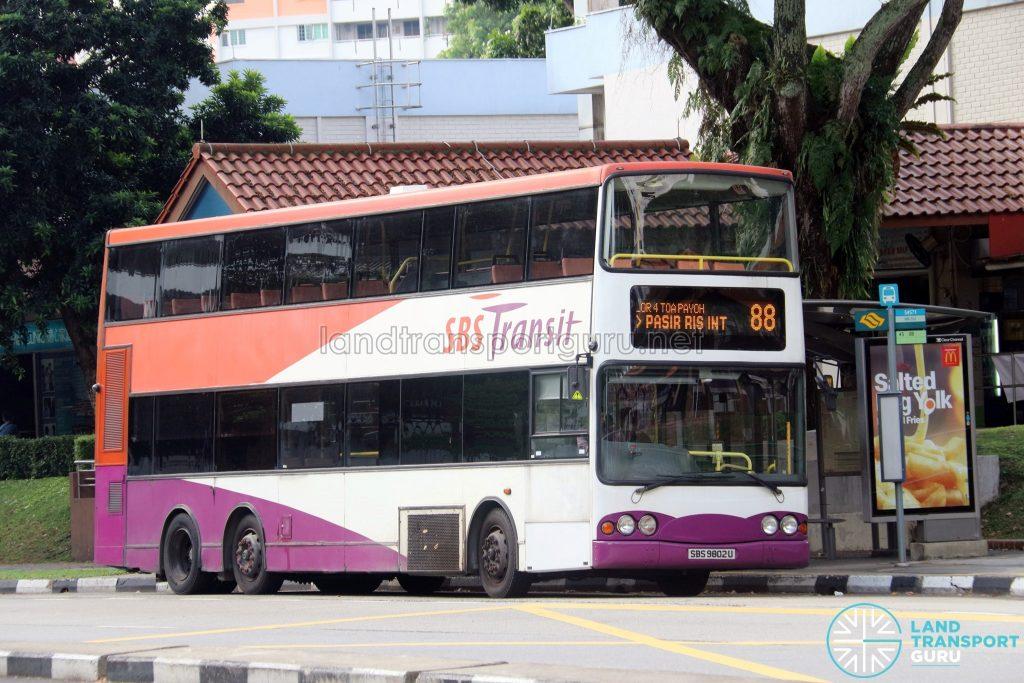 Bus 88 - SBS Transit Volvo B10TL (SBS9802U)