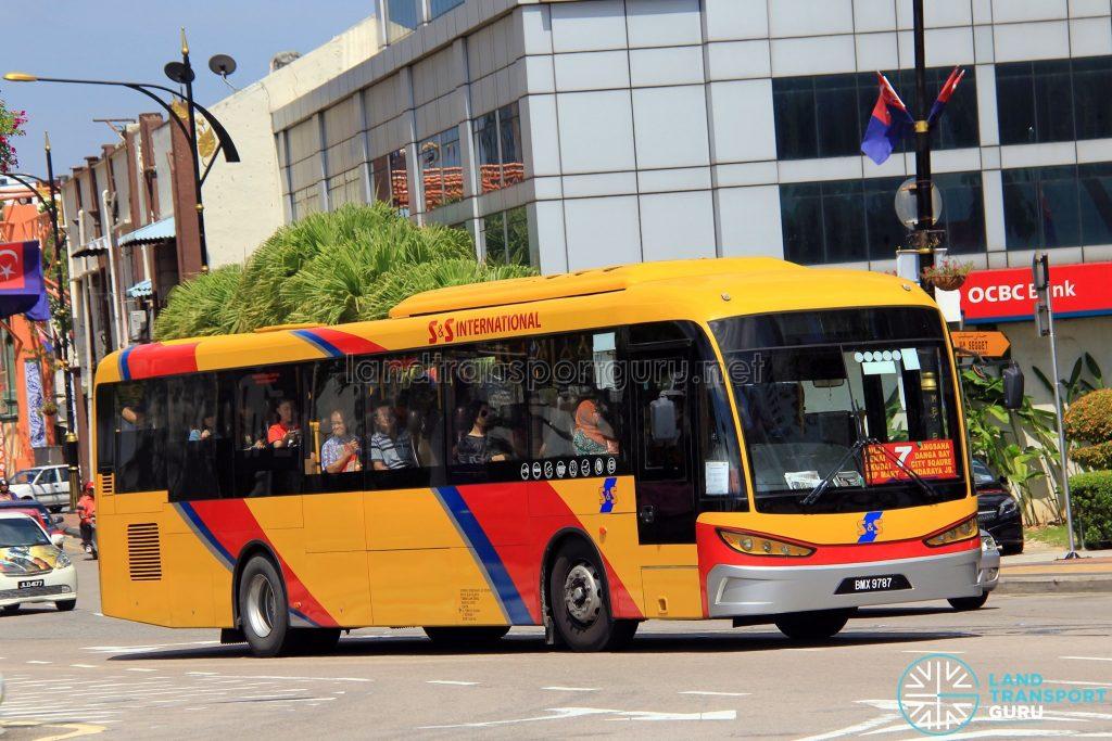 S&S International SKSbus SA12-300 (BMX9787) - Route 7