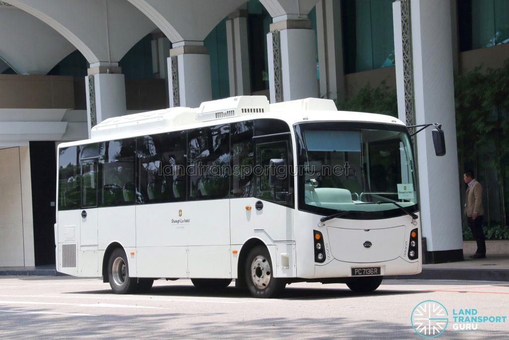 HDT Singapore BYD C6 (PC7136R) - Shangri-La Hotel Shuttle (Shoppers' Route)