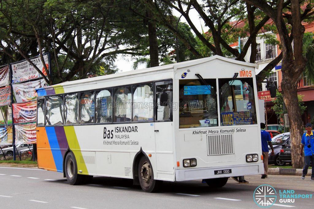 Mercedes-Benz OF1418E/51 (JHV1300) - Route IM05