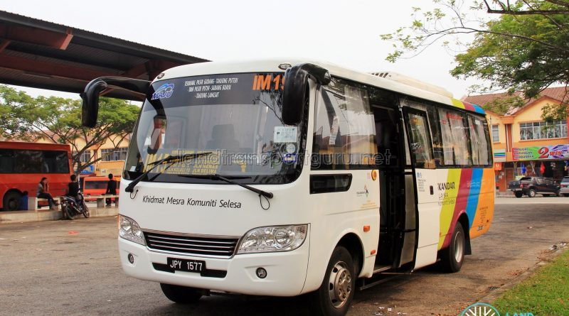 Maju Higer KLQ6729AR (JPY1577) – Route IM15
